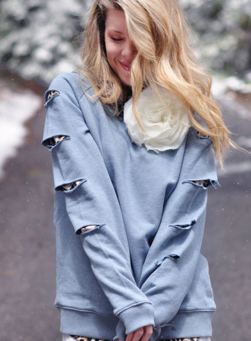 DIY Slashed Sleeved Sweatshirt