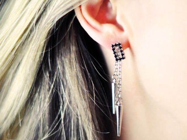 Picture Of diy spike earrings for parties  1