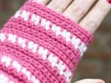 diy-spike-stitch-crochet-handwarmers-2