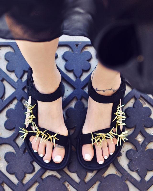 Picture Of diy spiky embellished sport sandals  6