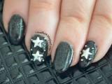 diy-starry-night-sky-nail-art-with-studs-2