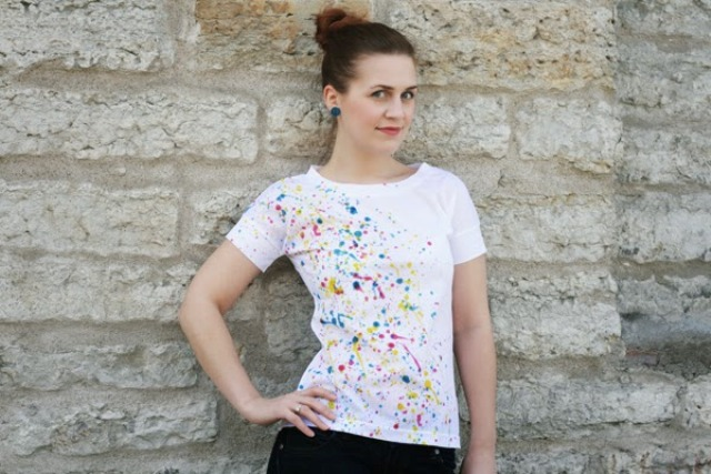 Picture Of diy super easy paint splatter t shirt  2