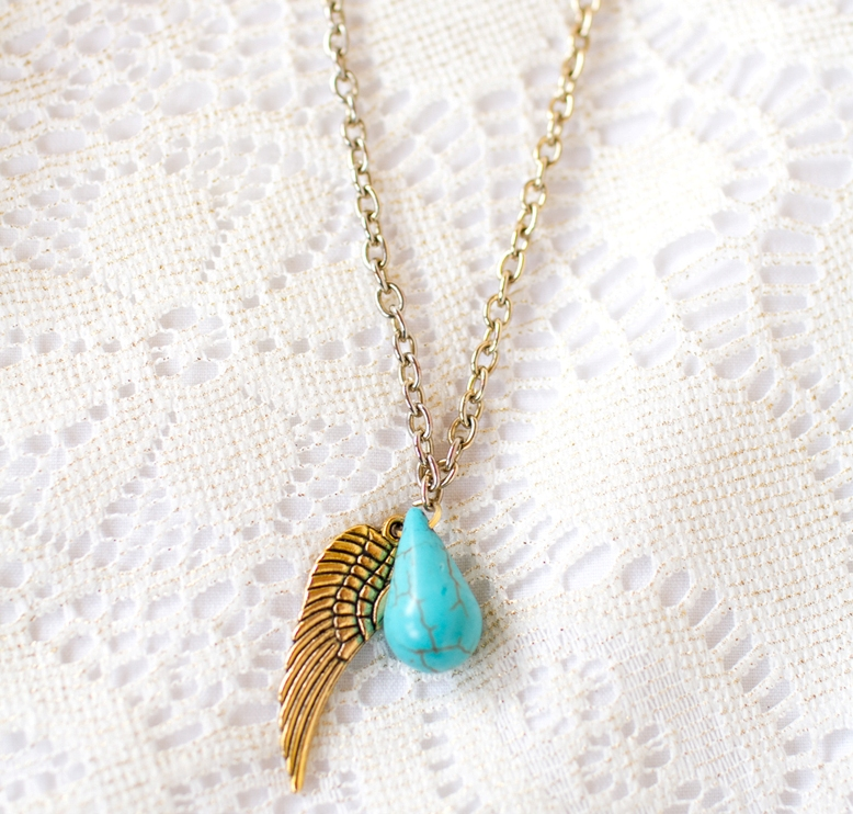 Picture Of diy upcycled angel wing charm necklace  1