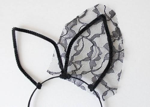 DIY Veiled Cat Ear Headband For Halloween