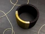diy-wrapped-metallic-thread-bracelet-2