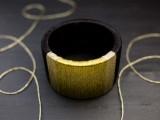 diy-wrapped-metallic-thread-bracelet-3
