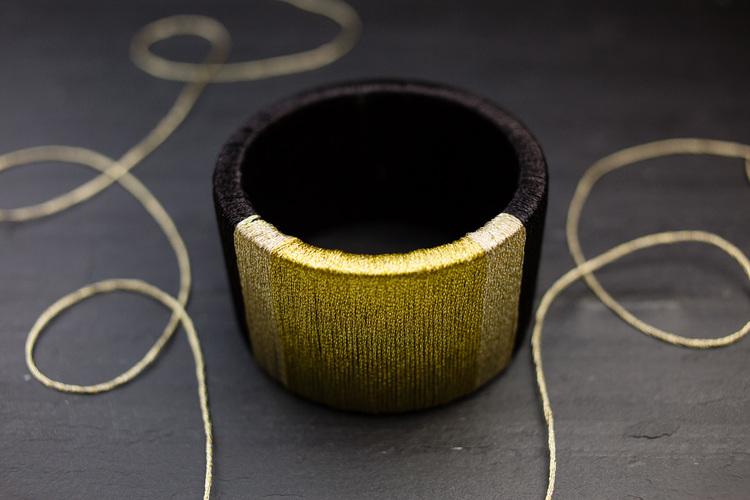 Picture Of diy wrapped metallic thread bracelet  3