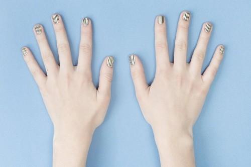 Doppler Effect Inspired DIY Striped Nail Design