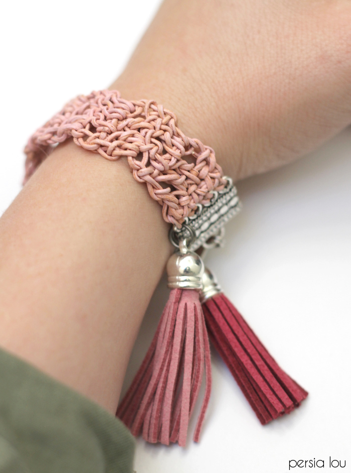 Picture Of dusty pink diy crochet leather bracelet  9
