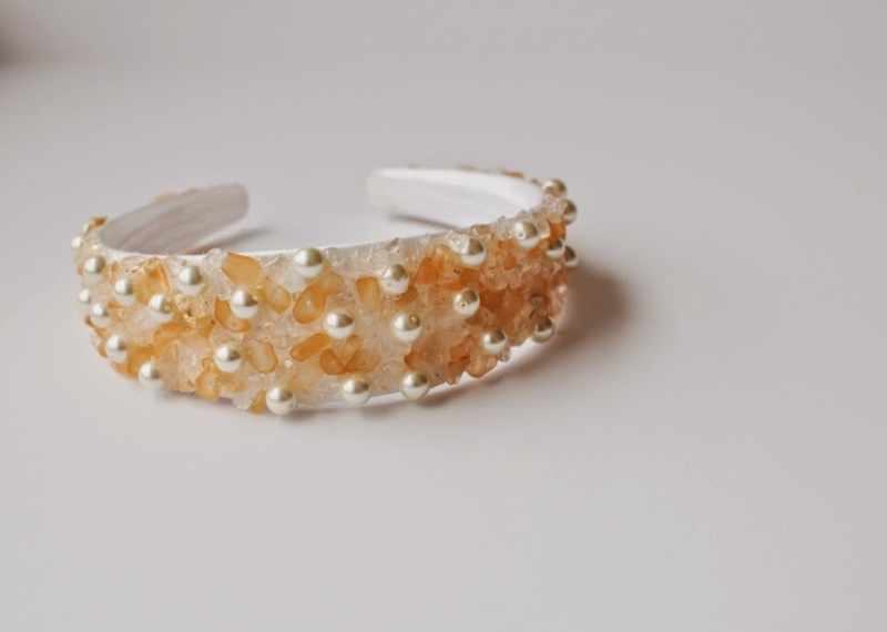Picture Of easy and lovely diy jeweled holiday headband  2