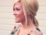 easy-and-versatile-diy-ponytail-1