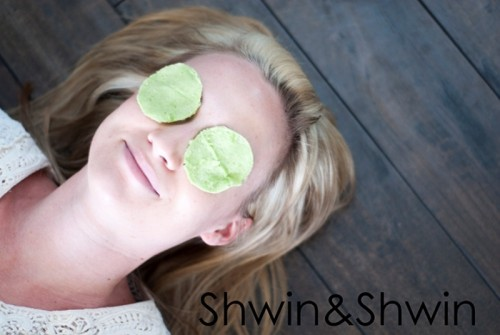 cucumber and basil cooling eye pads