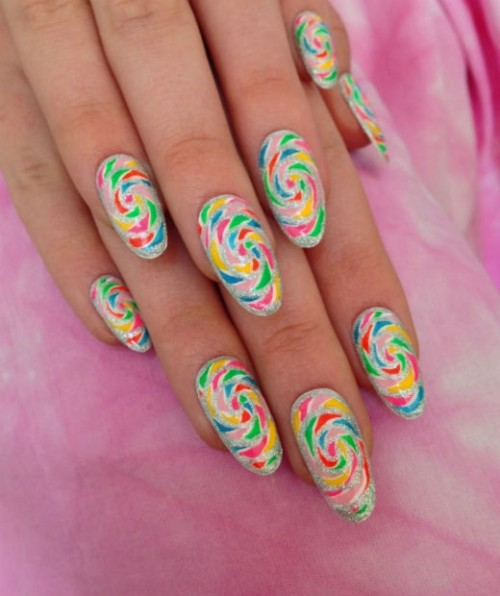 Easy DIY Candy Swirls Nail Art