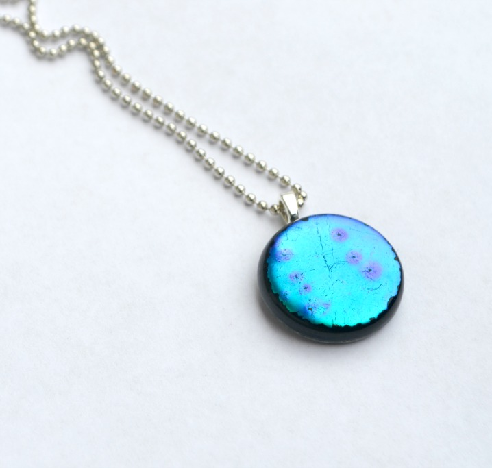 Picture Of easy diy dichroic glass pendant  7