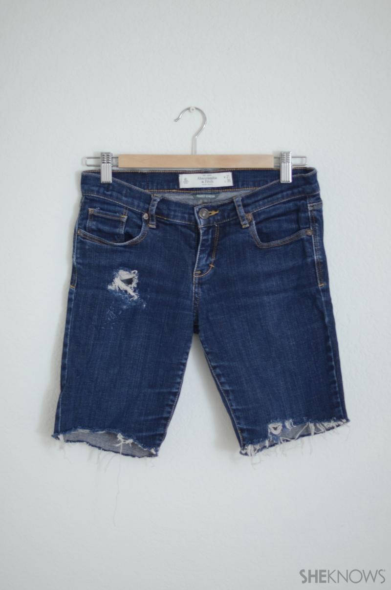 Picture Of easy diy embellished denim shorts  2