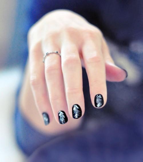 Easy DIY Feathered Nail Art