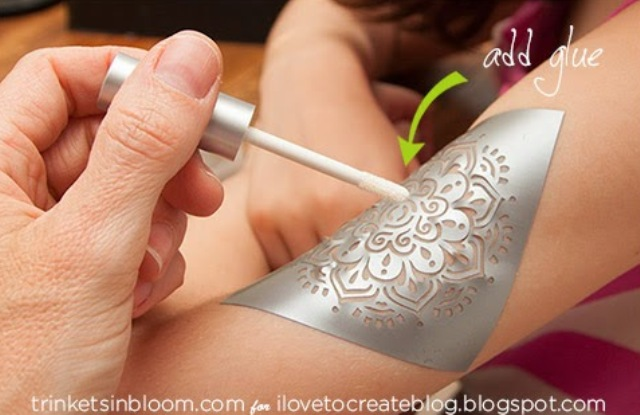 Picture Of easy diy glam glitter tattoo  2
