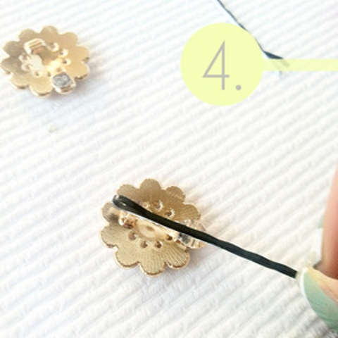 Picture Of easy diy hairpins from earrings  5