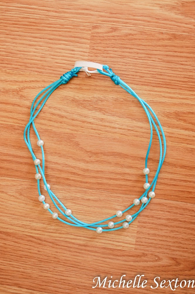 Picture Of easy diy no sew headband with pearls  6