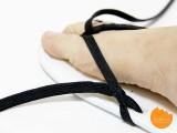 easy-diy-shoeslace-flip-flops-6