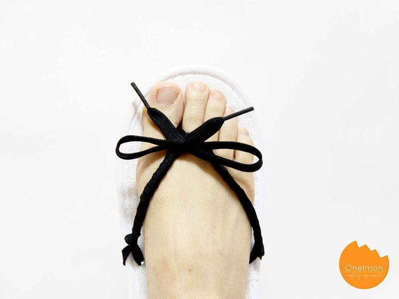 Picture Of easy diy shoeslace flip flops  7