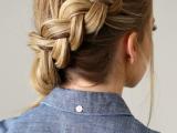 elegant-diy-side-swept-dutch-braid-ponytail-2