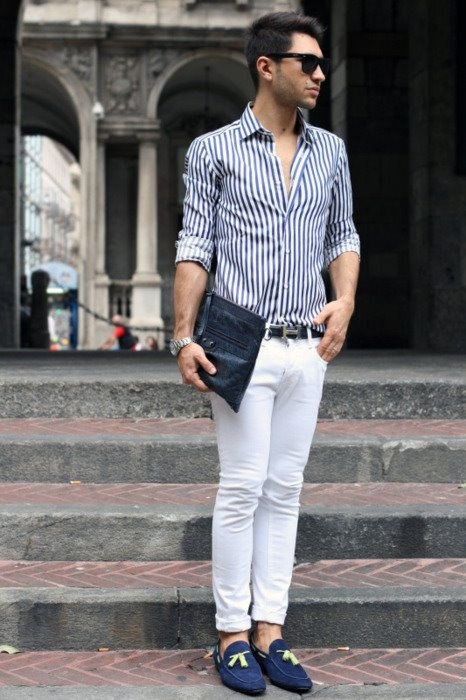 Picture Of elegant striped men outfits for work  2