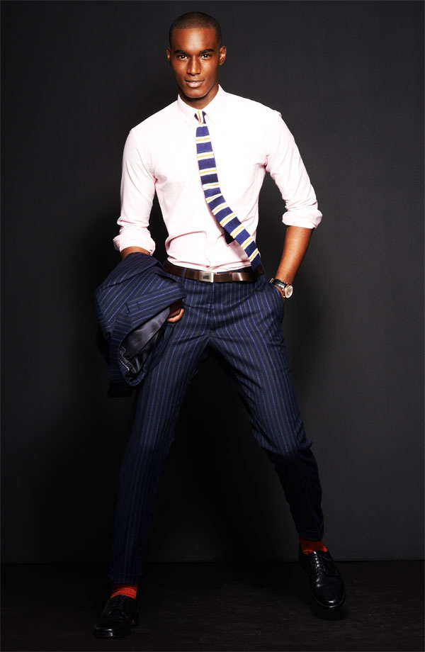Picture Of elegant striped men outfits for work  6