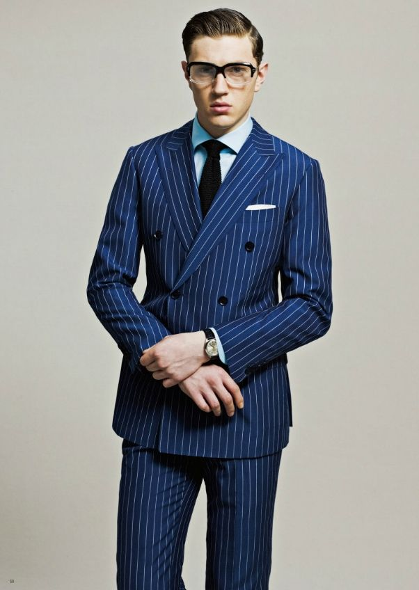Picture Of elegant striped men outfits for work 8