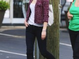 a white top, navy skinnies, a burgundy tweed cropped blazer, brown platform sandals and a white tote