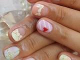 eye-catching-summer-nails-designs-1