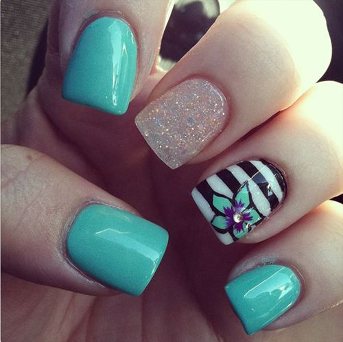 Picture Of eye catching summer nails designs  10