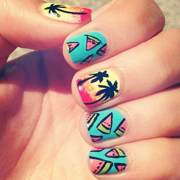 Picture Of eye catching summer nails designs  14