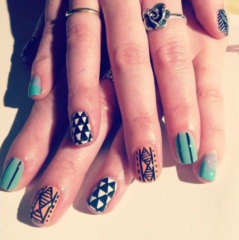 Picture Of eye catching summer nails designs  15