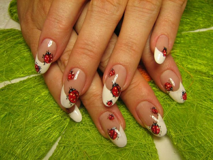 Picture Of eye catching summer nails designs  19