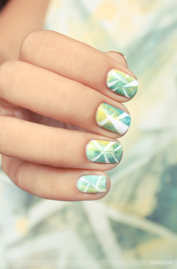 Picture Of eye catching summer nails designs  22