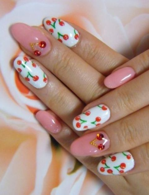 Picture Of eye catching summer nails designs  28