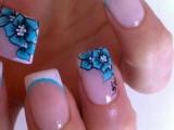 eye-catching-summer-nails-designs-30