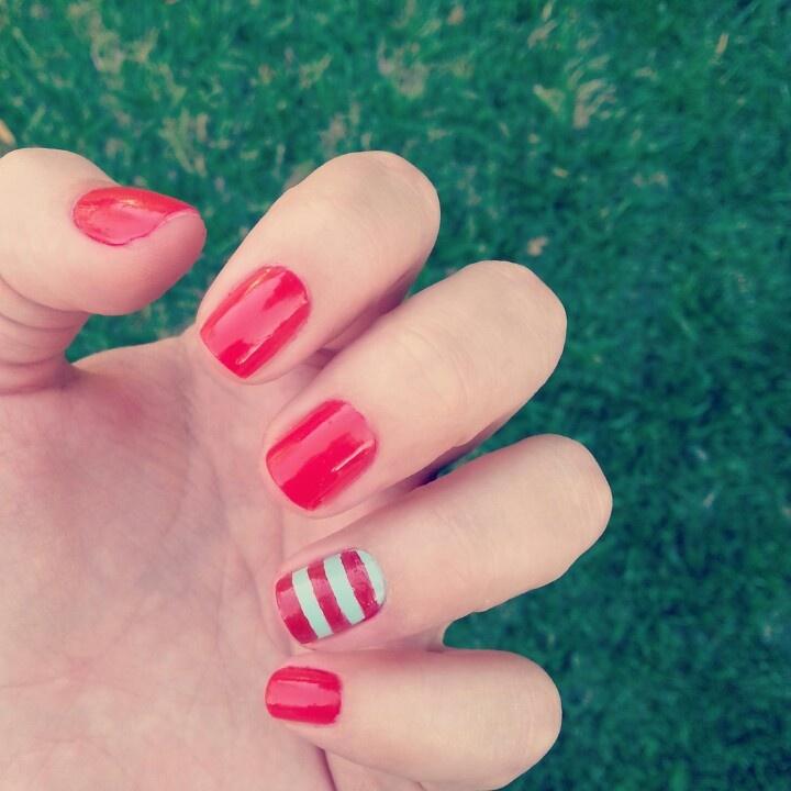 Picture Of eye catching summer nails designs  4