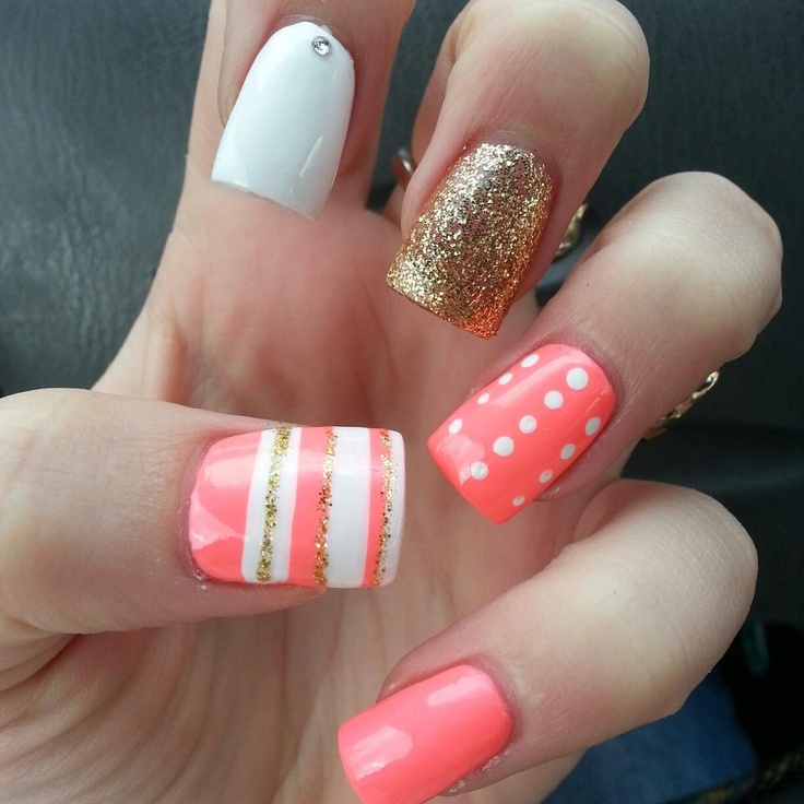 Picture Of eye catching summer nails designs  6