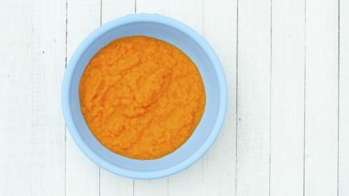 pumpkin and honey facial mask (via sheknows)