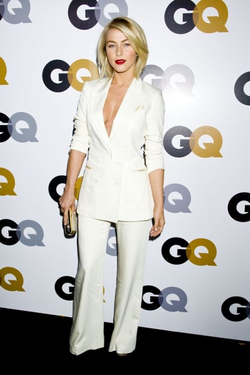 Fashion Trend Alert: 10 Sexy Pantsuits Ideas Without A Shirt