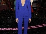 fashion-trend-alert-10-sexy-pantsuits-ideas-without-a-shirt-6