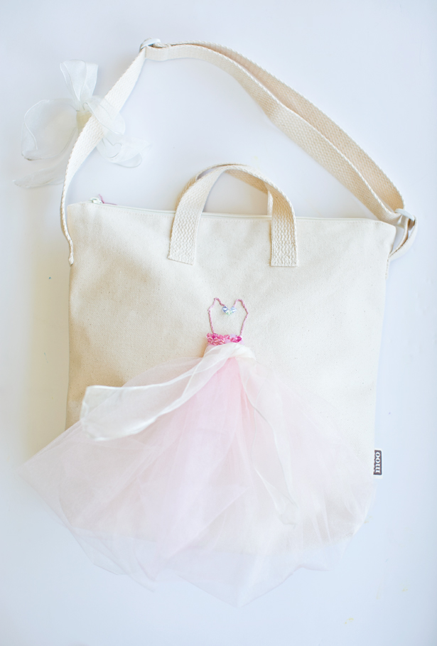 Picture Of feminine diy ballerina tulle tote bag  6