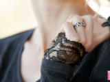 feminine-diy-t-shirt-with-lace-cuffs-1
