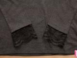 feminine-diy-t-shirt-with-lace-cuffs-4