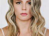 festive-and-chic-diy-finger-waves-hairstyle-5