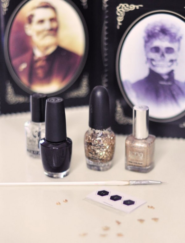 Picture Of festive and glam diy halloween manicure  2