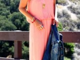 a casual pink pleated maxi dress with spaghetti straps can be worn every day with a denim jacket and any sneakers you like