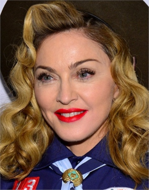 From Coral To Cherry: 20 Celebrities' Red Lips Looks